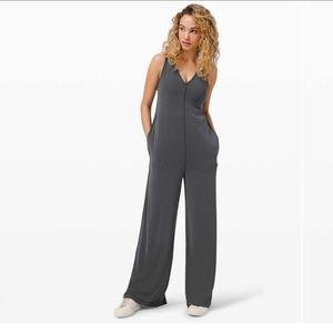 GUC Lululemon Seek Softness Jumpsuit Size 6 Grey